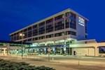 Отель Four Points Huntsville Airport