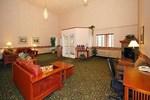 Отель Comfort Inn & Suites Tualatin