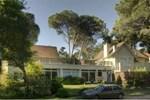 Апартаменты Carilo Cottage