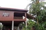 Отель Hout Seum Homestay