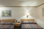 Отель Americas Best Value Inn & Suites Monroe