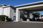 Отель Eagle's View Inn & Suites