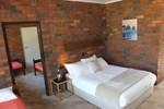 Отель Bonnie Doon Hotel Motel