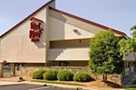 Отель Red Roof Inn Greensboro Coliseum