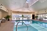 Отель Comfort Suites Marion