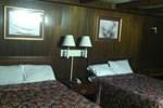 Отель B & J Motel