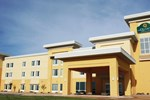 Отель La Quinta Inn & Suites Clinton