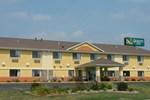Отель Quality Inn - Coralville