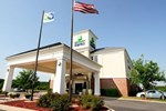 Отель Holiday Inn Express - Delafield