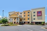 Отель Comfort Suites Forsyth