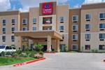 Отель Comfort Suites Hillsboro