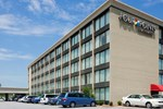 Отель Four Points by Sheraton Kansas City Airport