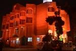 Отель Hotel Surbhi Palace