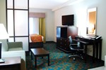 Отель Comfort Suites Knoxville