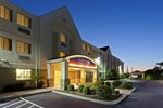 Отель Candlewood Suites Harrisonburg