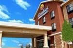 Отель Comfort Inn & Suites Shawnee
