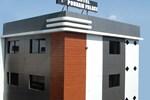 Отель Hotel Poonam Palace