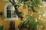 Casa Alvarez Guesthouse