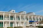 Baymont Inn & Suites - Meridian