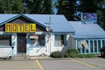 Отель Little River Motel Saint Regis