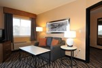Отель Comfort Inn & Suites Market - Airport