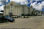Отель Holiday Inn Express Hotel & Suites MAGNOLIA-LAKE COLUMBIA
