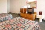Отель Econo Lodge Inn & Suites Plattsburgh