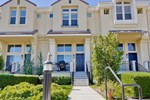 Апартаменты 3 Bedroom Townhouse on Stockwell Drive in Mountain View