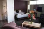 Отель Parkdale Motor Inn