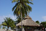 Отель Coconut Cove Resort & Marina