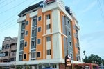Отель Hotel Sri Sai Residency