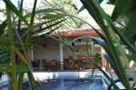 Апартаменты Costa Verde Inn
