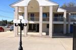Отель Regency Inn & Suites