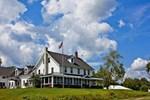 Отель Chesuncook Lake House & Cabins