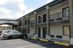 Отель Travelers Inn