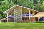 Отель Snowdon Motel
