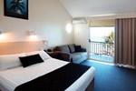 Отель Whitsunday Sands Resort