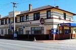 Отель Bullocks Head Tavern
