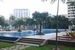 Апартаменты Greenlane Luxury Condominium