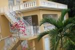 Отель Dunn's Villa Resort