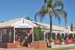Отель John Pirie Motor Inn