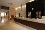 Отель JI Hotel Xianggang Middle Road Qingdao