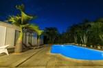 Вилла Palm Villa