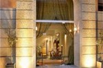 Отель Le Convivial Luxury Suites & Spa