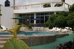 Отель Hotel Pelican Bay
