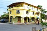 Отель Hostal Las Palmas