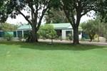 Отель Bungadoo Country Cottage