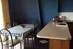 Отель Island Breeze Motel