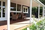 Мини-отель Bradleys Garden Bed and Breakfast