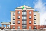 Отель Holiday Inn Express Hotel & Suites Cleveland-Richfield